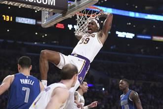 NBA》超人再起 霍華加入灌籃大賽