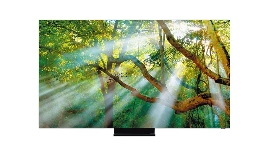 三星旗艦級的Q950TS QLED 8K TV,為業界首款搭載立體聲環繞音效、逼真8K解析度。(三星提供)