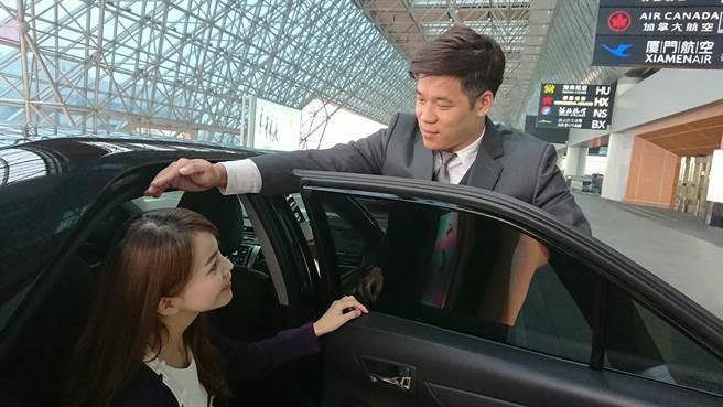 LINE TAXI機場接送服務,首波服務地區為雙北市區到桃園國際機場或臺北松山機場的接機與送機服務。(LINE提供/黃慧雯台北傳真)