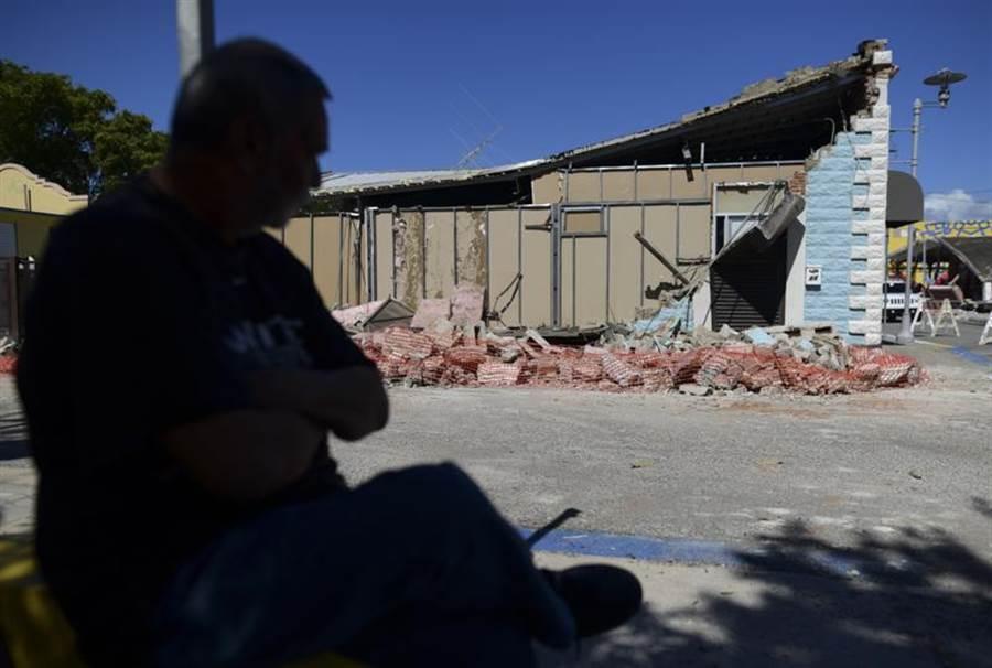 波多黎各102年來最嚴重地震,南部許多房屋倒塌。(圖/美聯社)