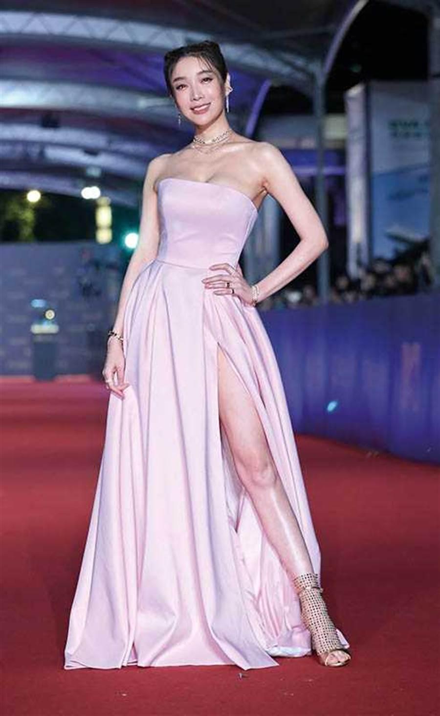 2003年蔡淑臻開始走出模特兒圈接拍戲劇,三度入圍金鐘獎,演技獲得肯定。(圖/報系資料庫)
