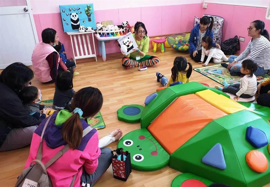 台南市提高生育獎勵金,第5胎後可領5萬元。圖為歸仁親子悠遊館啟用。(曹婷婷攝)