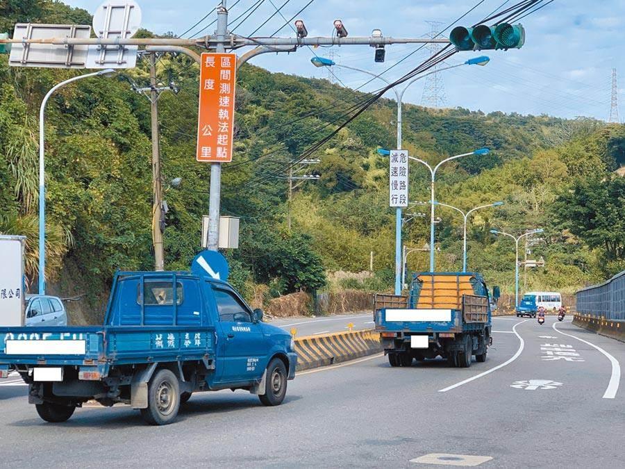 桃園市實施科技執法,成果獲得交通部「智慧運輸發展建設計畫-優等獎」。(甘嘉雯攝)