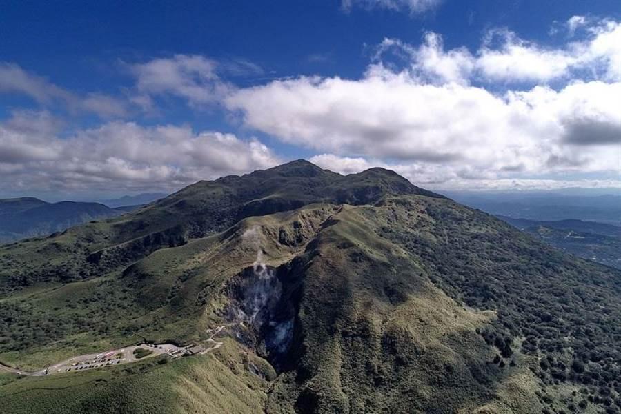 大屯火山群位於陽明山國家公園,七星山為其中最高峰。(陽明山國家公園管理處提供/江惠美攝/中央社)