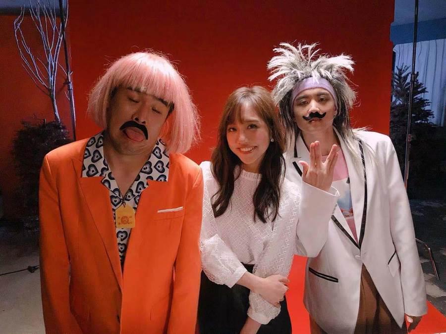 屁孩(左)新歌〈主打歌〉MV與蔡佩軒(中)、rgry(右)合作。(索尼音樂提供)