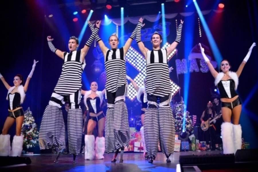 新春匯演巡遊俄國表演團隊。(香港旅遊發展局提供)