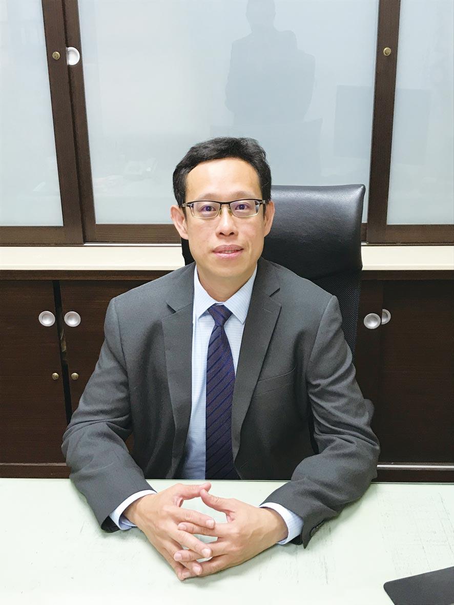 長榮大學管理學院EMBA執行長翁耀臨。圖/周榮發