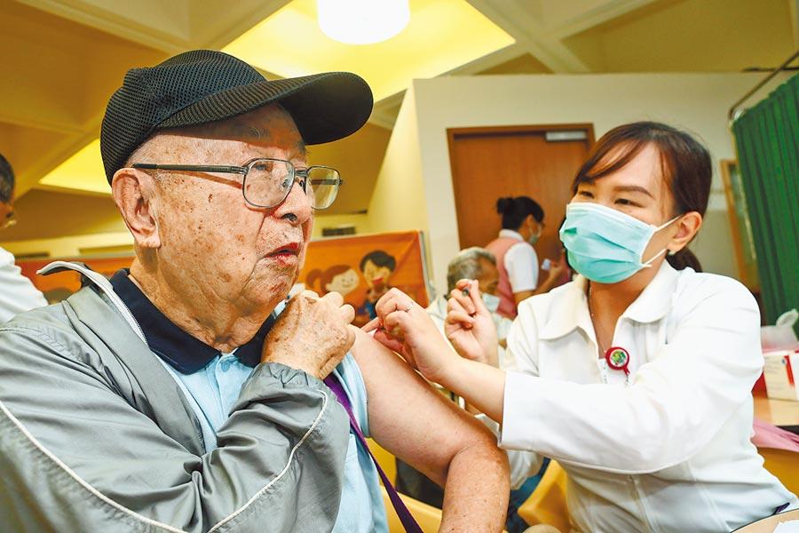 流感正式進入高峰期,一名47歲女子從發病到死亡僅短短5天,是流感季以來最年輕的死亡病例。(本報資料照片)