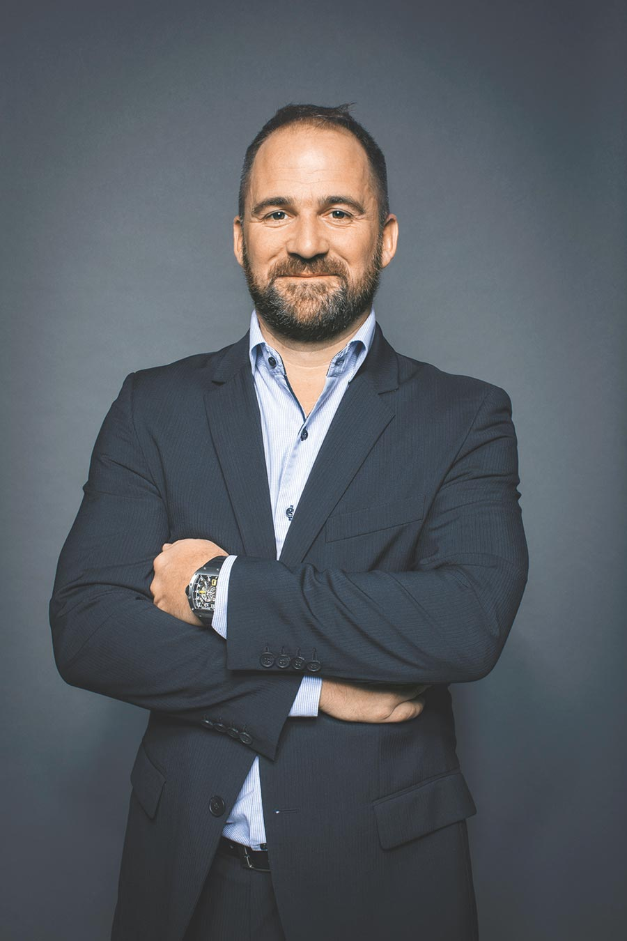 RICHARD MILLE技術總監Julien Boillat認為RM 33-02腕表,展現時尚與運動風巧妙相融的美學品味。(RICHARD MILLE提供)