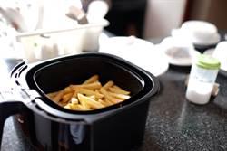 氣炸鍋料理冷凍水餃 饕客看完搖頭