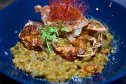 這款義大利麵小如一顆顆珍珠!佐南洋風沙嗲軟殼蟹添美味