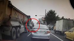 彰化9旬翁過馬路遭輾斃 行車紀錄器畫面曝光