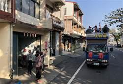 「86立委」王齡嬌美濃掃街拜票  獲鄉親熱情迎接喊凍蒜