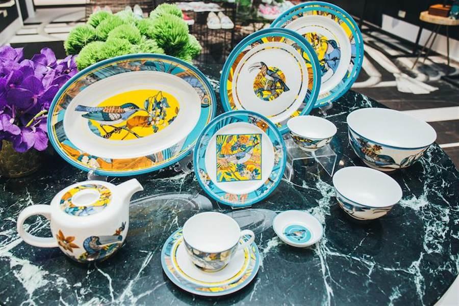 POP-UP STORE有更多家飾與周邊商品,餐盤系列在入口迎面處明顯陳列。(Daniel Wong提供)
