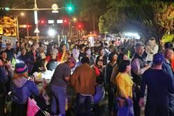 民進黨凱道選前之夜 擠滿景福門