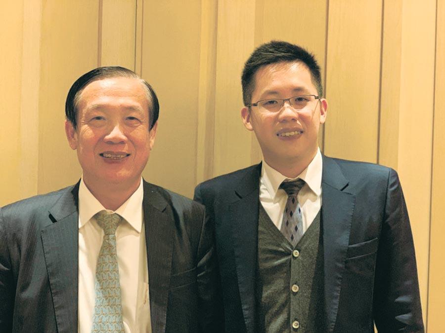 鄉林建設集團董事長賴正鎰和小公子賴廣陽(右)9日公開亮相。他表示,選後房市將呈穩中上升格局,集團未來在中國大陸推案將達1,000億元。圖/蔡惠芳
