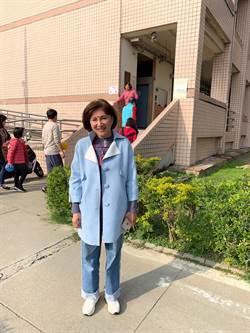 黃馨慧估投票率7成 張廖萬堅與首投族女兒投票