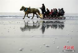 新疆冰雪季登場