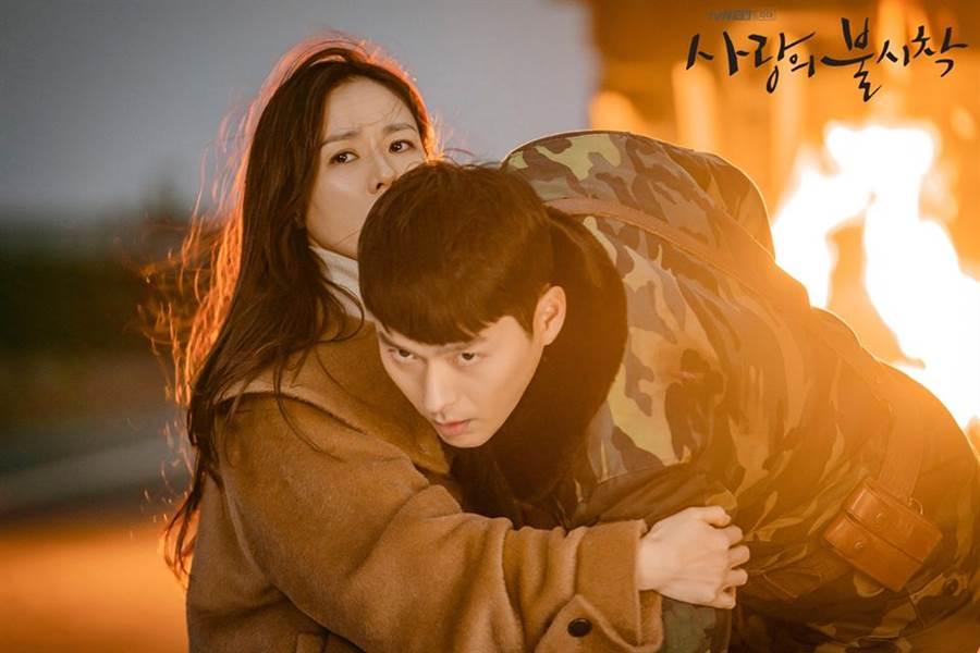 韓劇《愛的迫降》討論度超高,玄彬和孫藝珍在劇中的發展也備受關注。(圖/翻攝自TVN Dream FB)