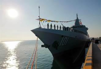蔡大勝連任 陸055驅逐艦青島服役