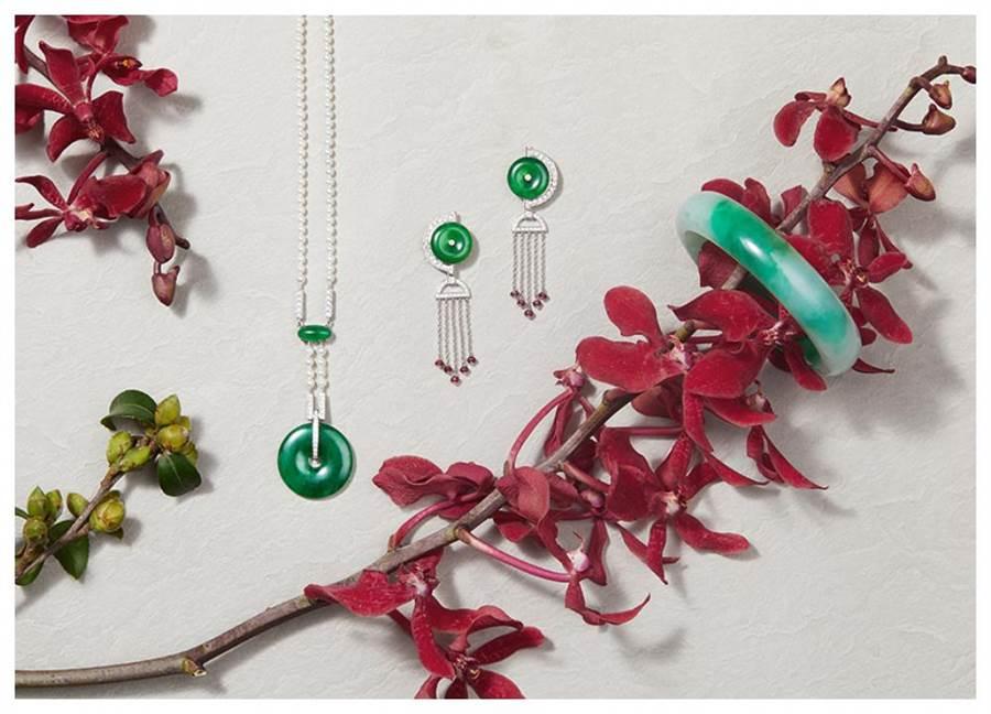 玉世家在新春主打可驅邪避凶的翡翠珠寶。(JADEGIA提供)