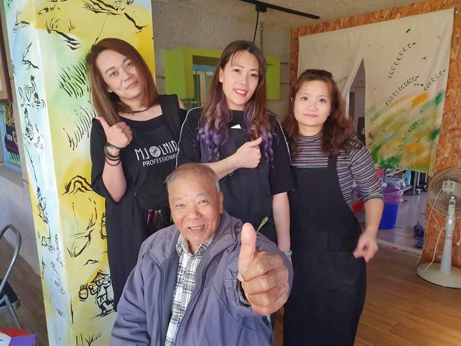 朱美如、朱美青、段雅菁都是東山吉貝耍出身的美髮師。(莊曜聰攝)