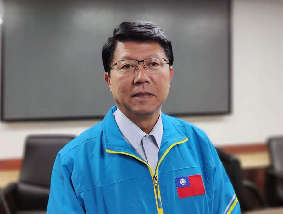 國民黨台南市黨部主委謝龍介13日回應跳河賭局,稱「若有承諾,該還就會還」。(程炳璋攝)
