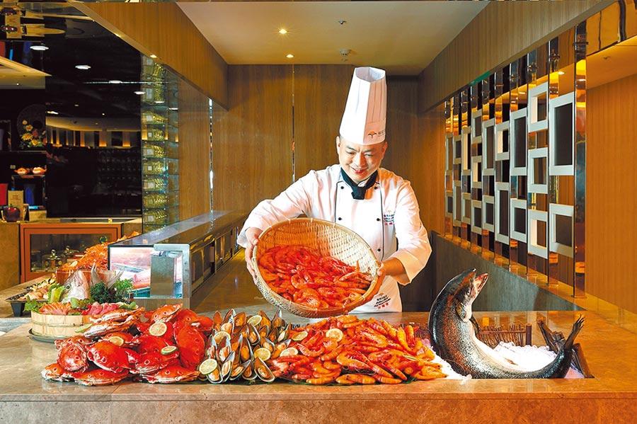 五星級飯店食材高檔,面對原物料及工資齊揚,漲價壓力擋不住。(圖/業者提供)