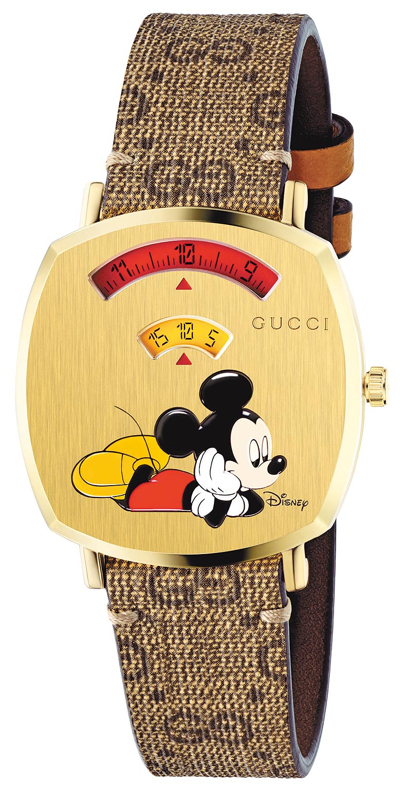 SOGO復興館GUCCI 2020春節限定Grip系列,以金色PVD表繪有米老鼠圖案,搭配經典雙G帆布表帶,5萬3000元。(SOGO提供)