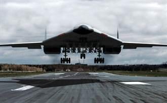 俄最新長程戰略隱形轟炸機PAK-DA將於2027量產