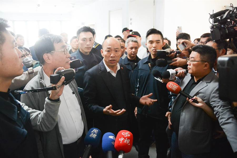 高雄市長韓國瑜親上火線,澄清選舉補助款根本不會進個人口袋,請外界不要以訛傳訛。(林宏聰攝)