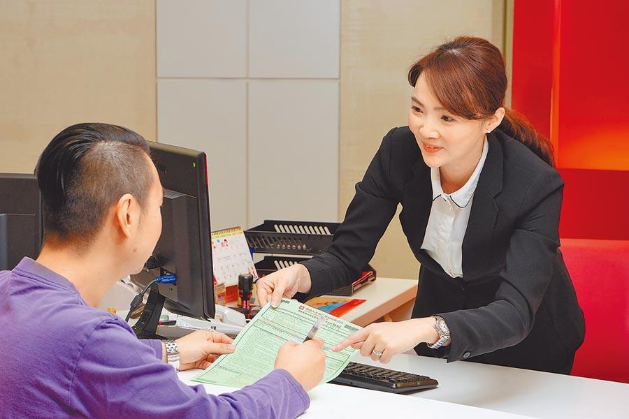 中壽積極推動數位金融創新,導入eACH即時付款,讓服務更有溫度。(中國人壽提供)