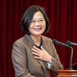 影》蔡英文:《反滲透法》不會反交流、罷韓尊重高雄市民決定