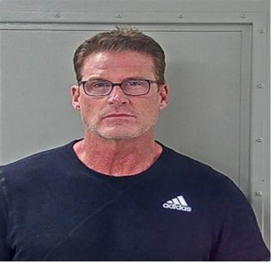 NBA退役球員法默被指控誘騙未成年少女性交易而遭到逮捕。(摘自Tennessee Bureau of Investigation)