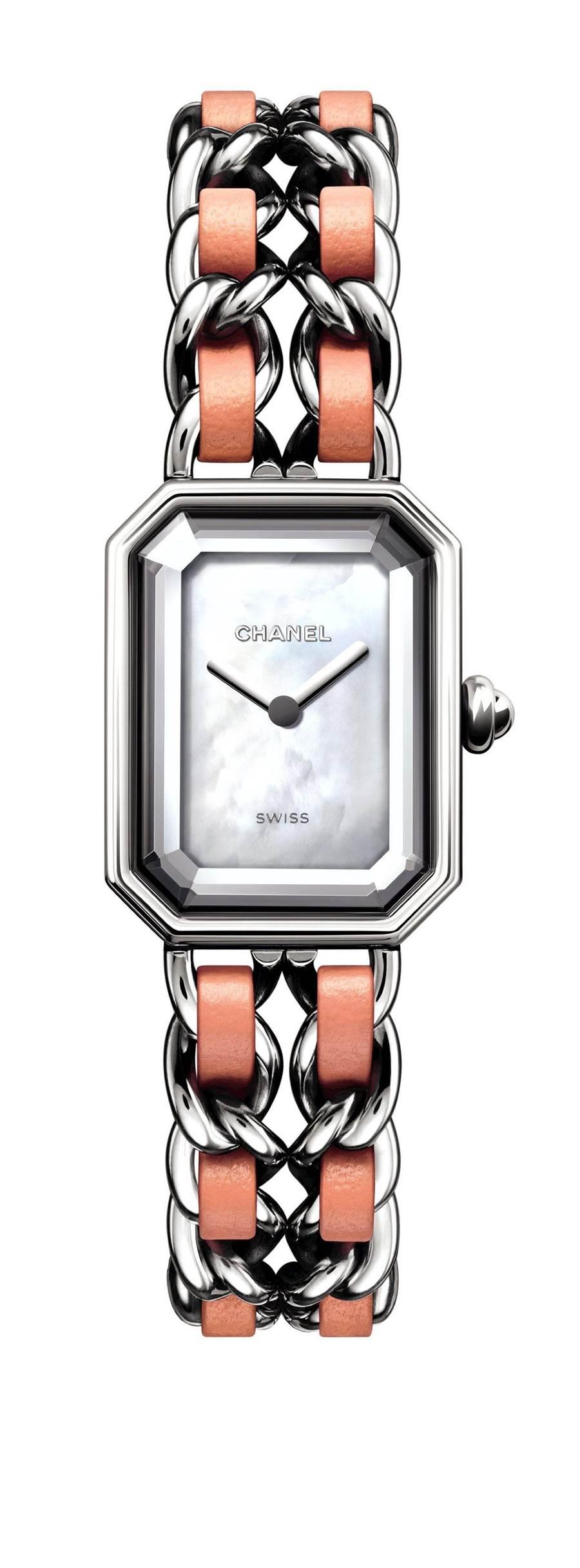 香奈兒全新Premiere Rock粉紅腕表,限量1200只,15萬3000元。(CHANEL提供)