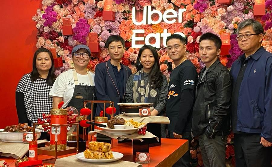 Uber Eats攜手八大餐廳與業者,在期間限定快閃空間為鐵粉送上名菜!圖中為Uber Eats台灣總經理李佳穎。(黃慧雯攝)