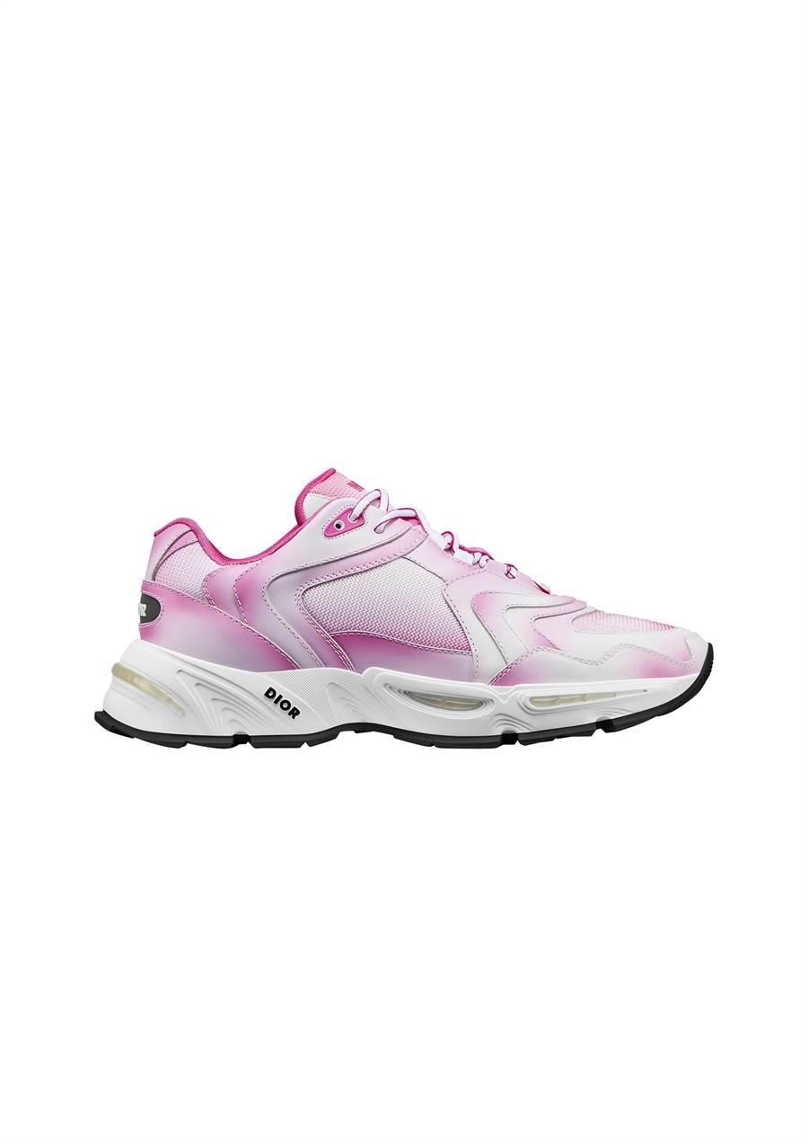 Dior CD1粉色漸層網孔休閒鞋,4萬元。(Dior提供)