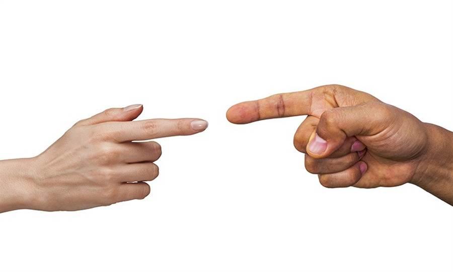 不要將無效的批評和給予回饋混為一談。(圖片來源:pixabay)