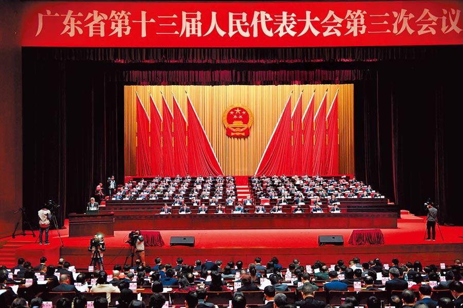 14日,廣東省十三屆人大三次會議在廣州開幕。(中新社)