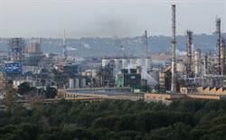 飛來橫禍 西班牙工廠爆炸 碎片砸死2公里外民眾