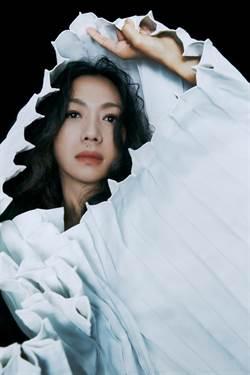 萬芳出道30年宣布二度攻蛋 帶粉絲重溫經典歌曲