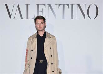 巴黎男裝周/Valentino打造花花公子 裘德洛帥兒看秀