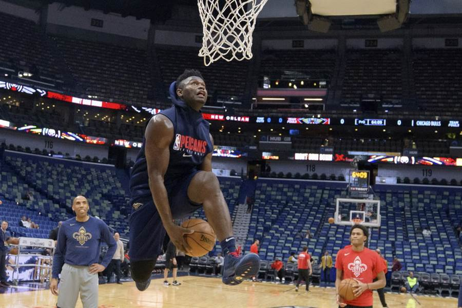 去年狀元錫安威廉森即將迎來他在NBA的第1場比賽了。(美聯社)