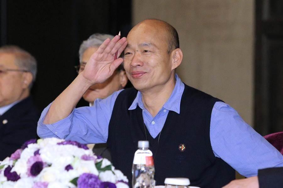 谢金河爆料高雄市长韩国瑜「每天喝酒,不喝睡不着觉」,遭韩国瑜办公室驳斥并非事实。(图/本报资料照)