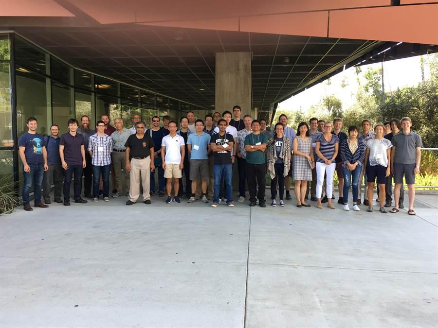 中央大學天文所與清華大學天文所共組的「探高」團隊,於今年初發現了第一個位於金星軌道內的小行星—2020 AV2。(中央大學提供/李侑珊台北傳真)