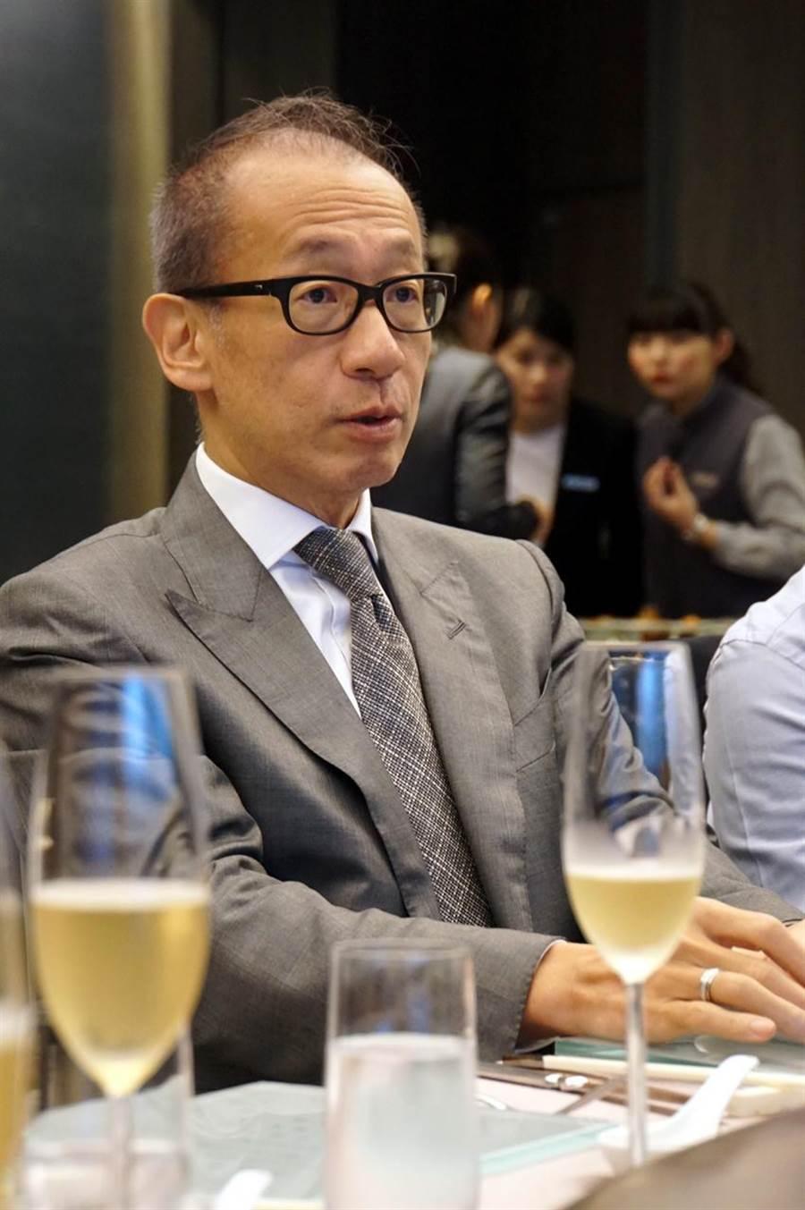(晶華酒店集團董事長潘思亮16日表示,台灣經濟出現新的轉捩點,希望政府持續拚經濟帶領台灣重返「黃金年代」。圖/姚舜)