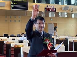 當選遲了一年!王立任17日宣誓就職中市議員