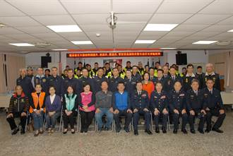 加強重要節日安全維護工作起跑 副議長帶隊慰問永和警