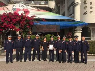 中市警第六分局民防西屯中隊送暖 匯聚「十方」之愛