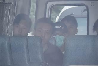 香港賊王季炳雄出獄 大陣仗押解出境如電影場景